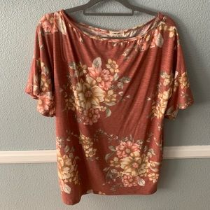 Tops - Floral Tee